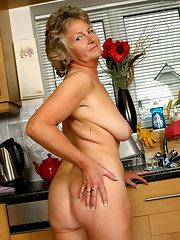 Nude horny grannies