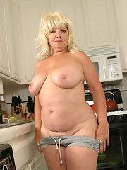 mature hairy Blonde chubby