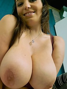 Big Tits Galleries